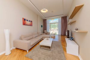 One Bedroom Apartment With Terrace And Sea View 4